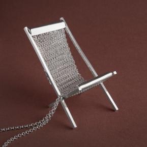 2011 Clare Poppi - Stuff: Deckchair (Necklace)